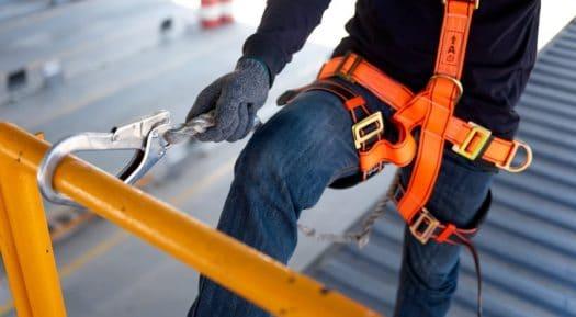Assurer la sécurité des employés qui travaillent en hauteur